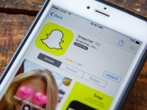 Snap Inc crackles and pops with Q1 revenues of $320m
