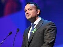 Varadkar to write to tech firms about lockdown protests