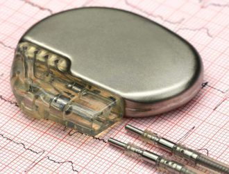 Breakthrough shape-shifting soft robot helps implants settle quicker