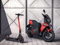 SEAT shows off its electric motorcycle and e-scooter for 2020