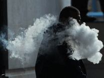 Doctors publish guidelines for treating vaping-associated lung injuries