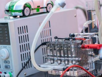 Australian team finds way to produce hydrogen fuel cheaper than ever