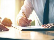 How to navigate non-compete clauses as an employer