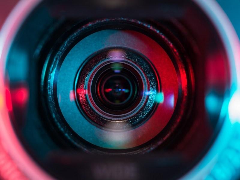Ultrafast camera takes 1trn frames per second to reveal a hidden world