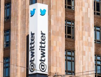 Twitter passes $1bn quarterly revenue mark, but rising costs dampen earnings