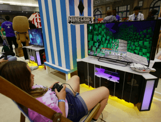 Minecraft to teach coding and other skills to kids stuck at home