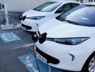 New EV owners in France to get €7,000 grant, with aim to boost auto industry