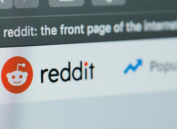 The Reddit website homepage.