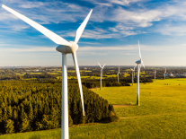 Contracts given to 19 new Irish windfarms and 63 solar projects