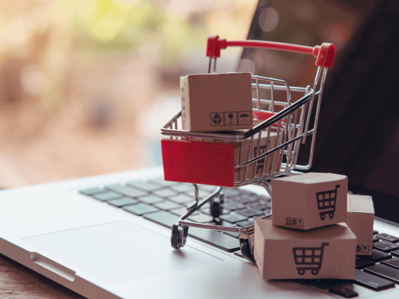 Facebook launches accelerator for EMEA e-commerce players