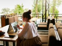 Survey: 45pc of remote workers expect hybrid working in 2021