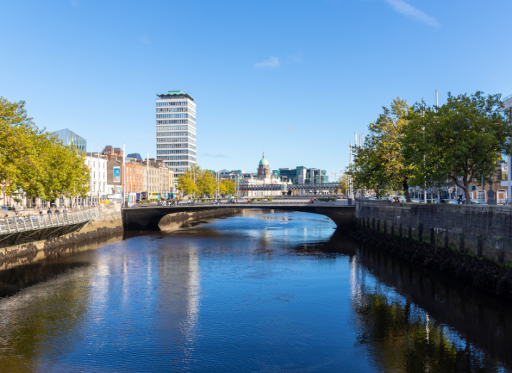 A photo of the Liffey river in Dublin city.