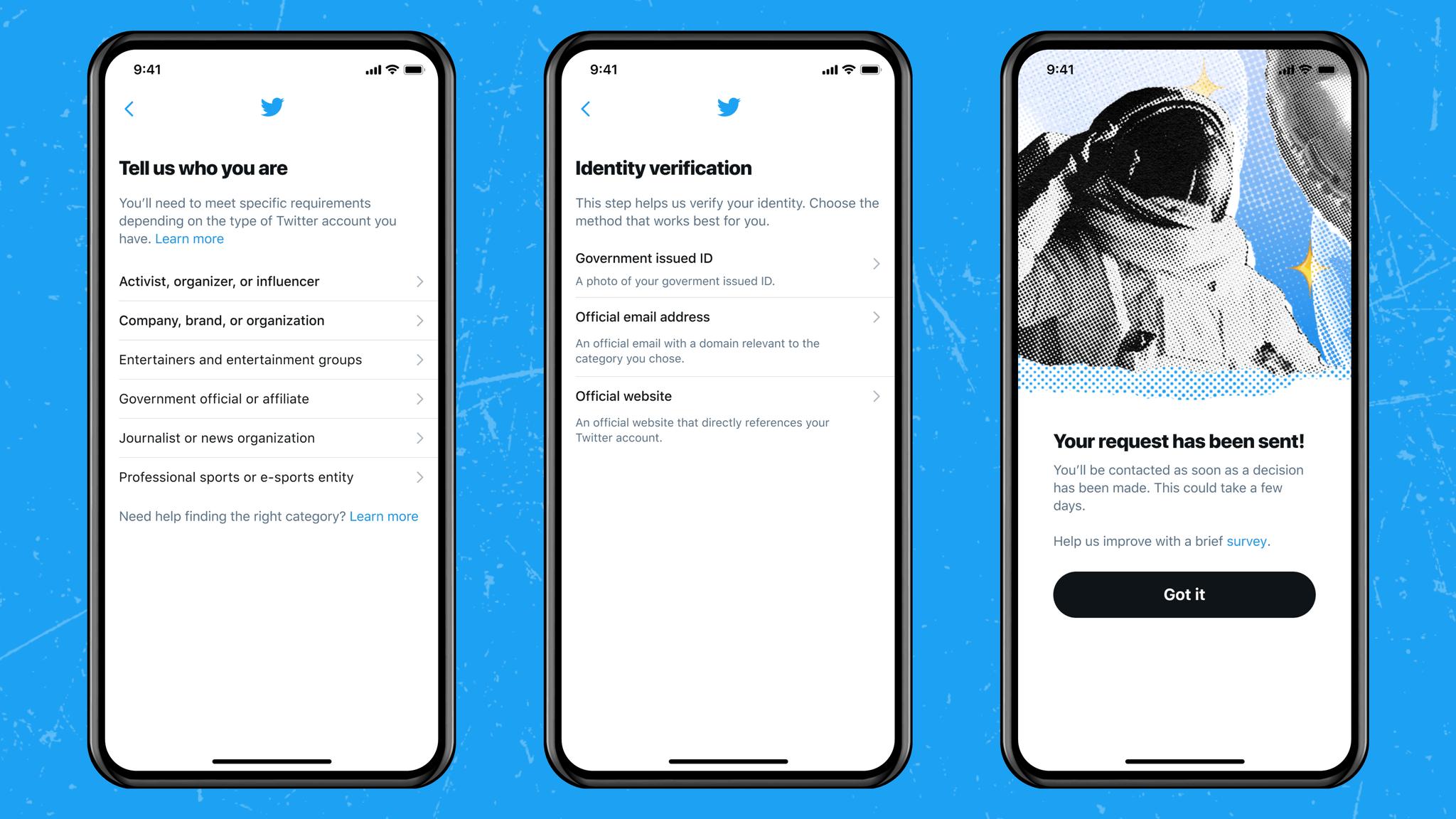 Image de trois écrans de téléphone montrant les étapes du nouveau processus de vérification Twitter.