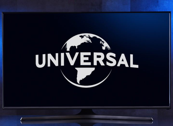 Flat-screen television monitor displaying Universal Pictures' logo.