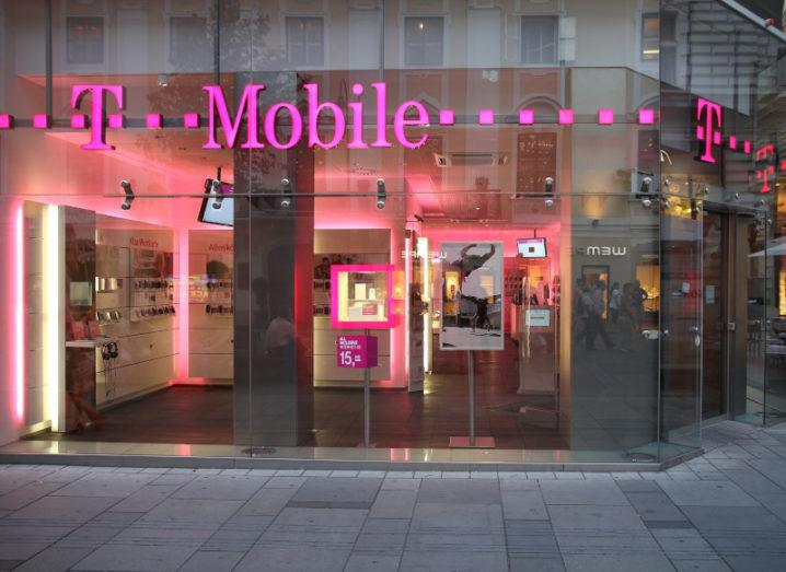 The facade of a T-Mobile store in Vienna.