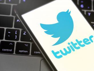 Twitter plans to solve auto-refresh issue after irritated users complain