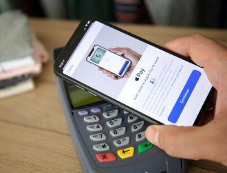 Researchers discover security flaw with Apple Pay and Visa