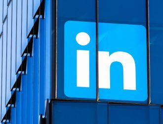 LinkedIn pulls back in China, launches new job application service